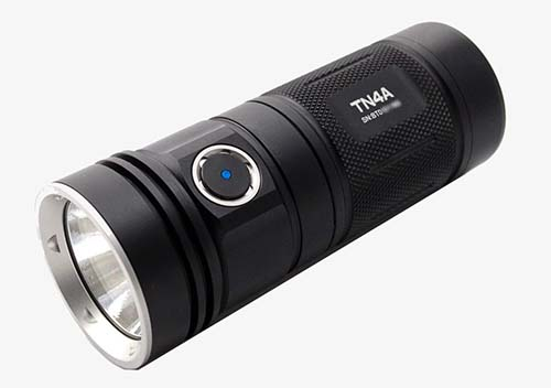 brightest 4 x aa flashlight